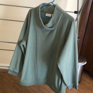 mint green long sleeve sweatshirt